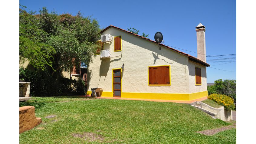 """Imagen 4 La casa de """"Laura y Juan""""."""