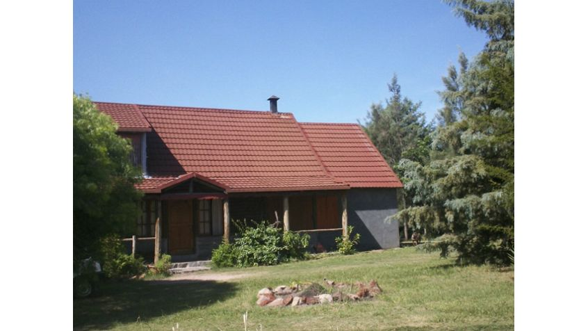 Imagen 1 Chacra con dos  casas en  rústico.