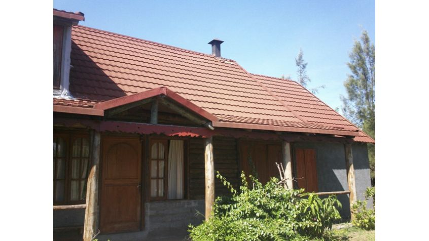 Imagen 2 Chacra con dos  casas en  rústico.