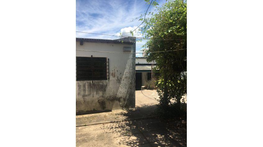 Imagen 24 Alquiler casa de 2 dormitorios y patio.