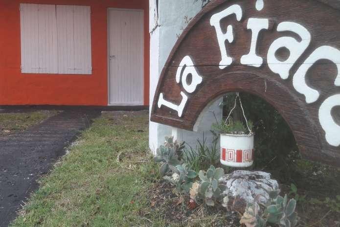 """Apto """"La Fiaca"""" 3"""