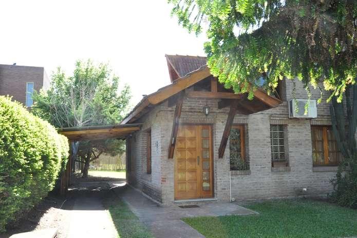 """Casa """"Inti Huasi""""."""